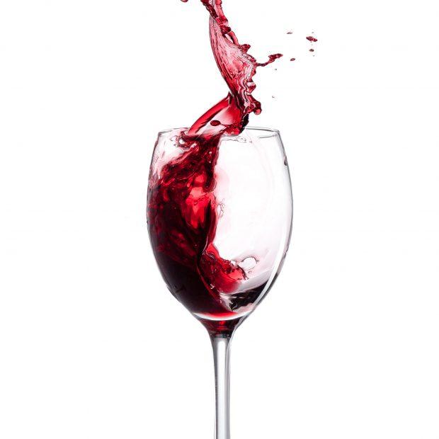 Czy czerwone wino pomoże osiągnąć długowieczność?